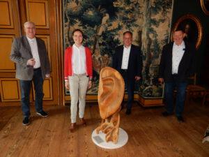 Anne Jansen zu Besuch in der Bärenstadt Esens